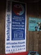 Kunzenhof 21-4-2012 - Plakat am Stall