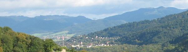 Blick vom Freiburger Münsterturm nach Osten über Schloßberg und Littenweiler zum Hinterwaldkopf am 18.9.2007