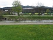 Blick nach Süden über die Dreisam zum Stadion des SC Freiburg am 27.4.2012