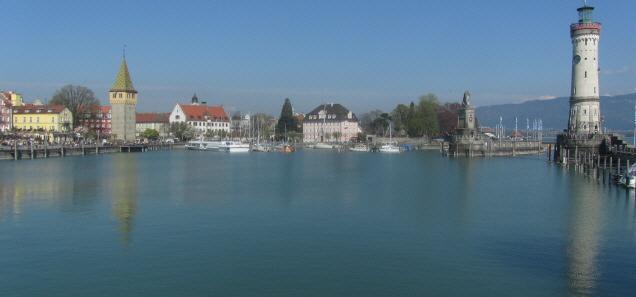 Hafen in Lindau am Bodensee am 11.4.2016 - Blick nach Nordosten