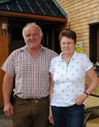 Mai 2012: Axel und Karin Brüstle sind seit 2002 zufriedene Pächter der Erlenbacher Hütte