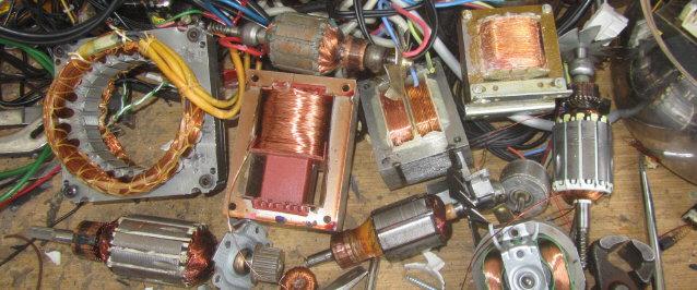 Elektroschrott am 20.12.2012 - Elektromotoren - Recyclingprojekt der Diakonie Freiburg