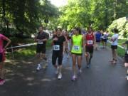 Schauinsland Berglauf 8.7.2012 - Warmlaufen im Moeslepark 9.45 Uhr
