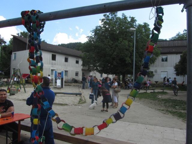 Fluechtlingswohnheim 14.7.2012 Sommerfest - Innenhof