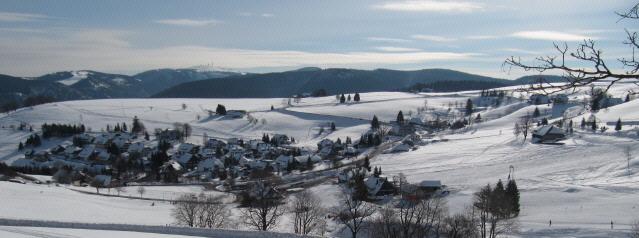Blick nach Südosten über Hofsgrund zum Feldberg am 20.2.2013 - Sonne, Schnee und klare Luft
