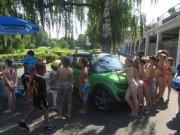BZ im Strandbad 10.8.2012 - Andrang an BZ-Stand und Elektroauto