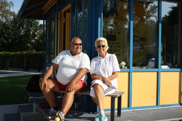 Das Kirchzartener Schwimmmeister-Team 2012 des Dreisambads Walter Hug und Andrea Herrmann