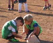 Kinderfussball beim ESV-Freiburg am 28.9.2012 - zwischendurch auch mal spielen