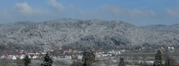 Tele-Blick vom Kappler Eck in Littenweiler nach Norden auf Freiburg-Ebnet am 23.2.2011