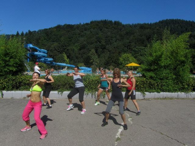 Strandbad 8.9.2011 (18) Zumba Tanzen mit Andrea de Boer