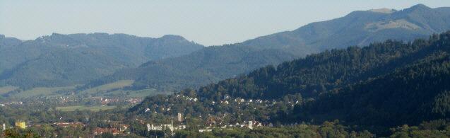Blick vom Freiburger Schlossberg nach Osten zu Dreisamtal und Littenweiler am 2.10.2012