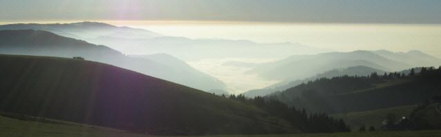 Blick vom Schauinsland nach Süden übers Münstertal am 15.11.2012