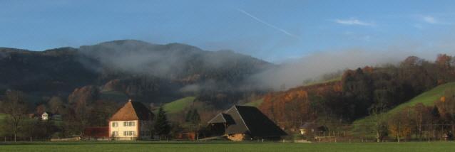 Blick nach Südwesten über den Küchlehof ins Geroldstal am 21.11.2012 - Nebel zieht von der Immi rüber