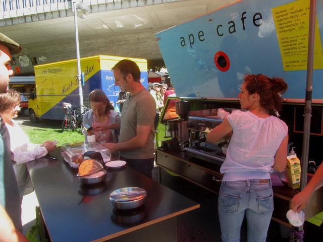 stuehlinger2kaffee-ape130518