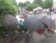 flohmarkt-regen140802