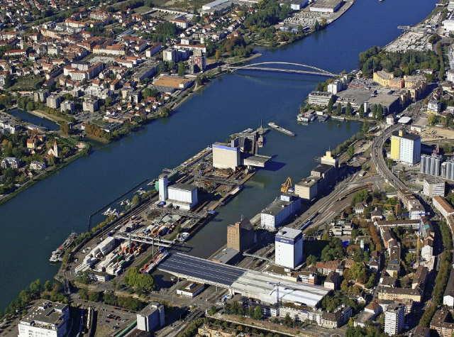 Wasserkraftwerk Rheinfelden im April 2019