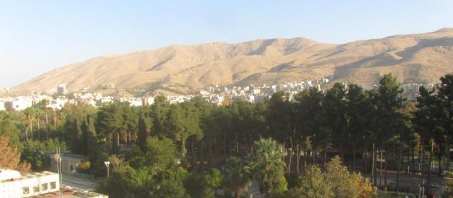 Shiraz im Iran - Blick nach Norden zum Gebirge am 11.10.2014
