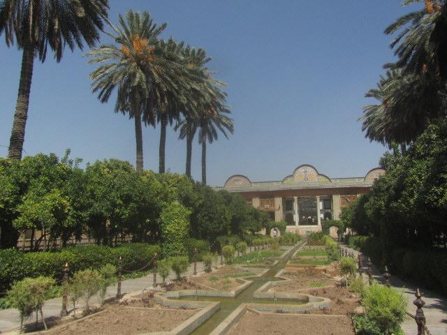 shiraz19narenjestan-palast141012