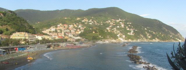 Moneglia an der Riviera zwischen Genua und La Spezia am 12.6.2016