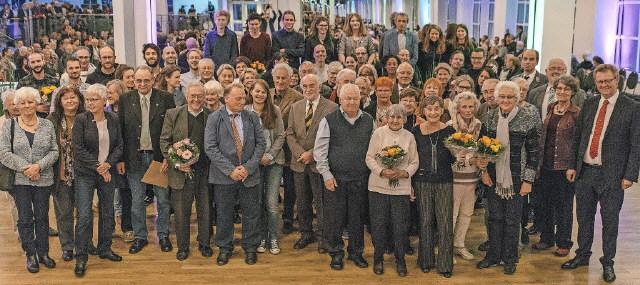 Freiburger , die für ihr ehrenamtliches Engagement ausgezeichnet wurden, im Dezember 2016
