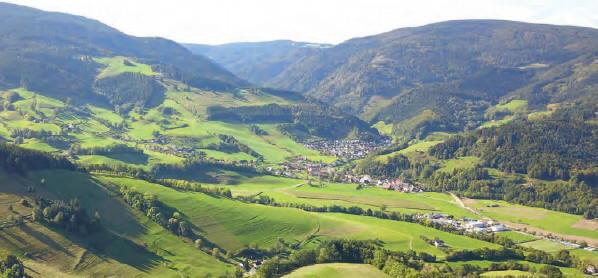 Blick nach Süden 9/2019 über Weilersbach auf Oberried im Schwarzwald